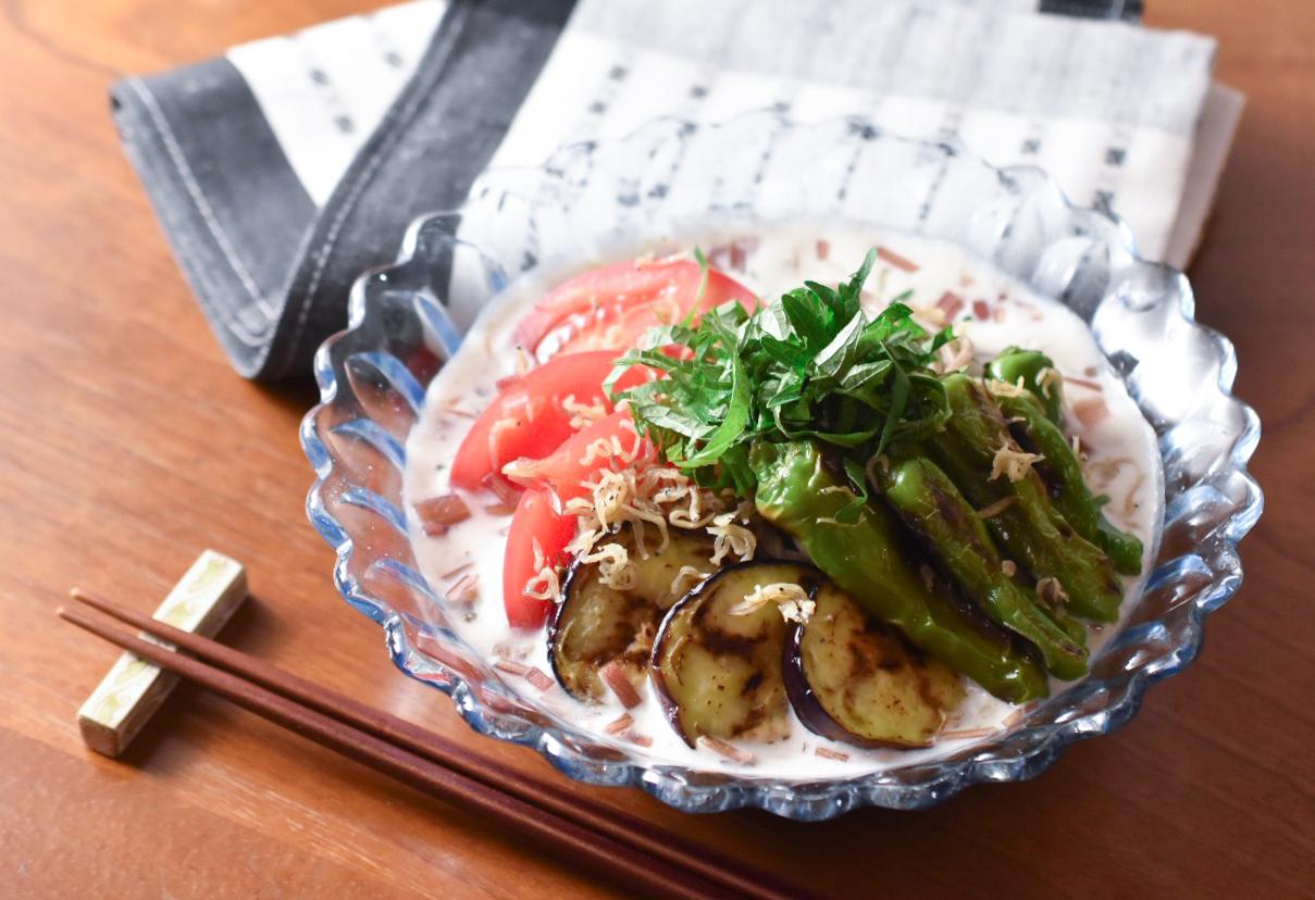じゃこ山椒と夏野菜の冷やし豆乳蕎麦